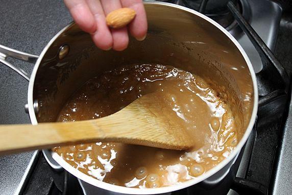 pan almond