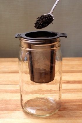 jar w. leaf tea