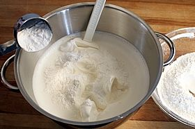 sprinkle sifted flour