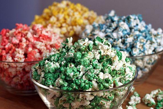 4 bowls popcorn