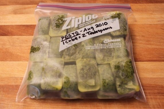 pesto in ziploc