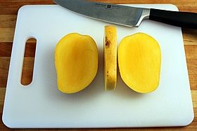 how to cut a mango into thin slices