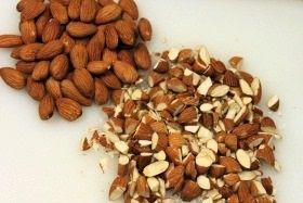 Almonds half2