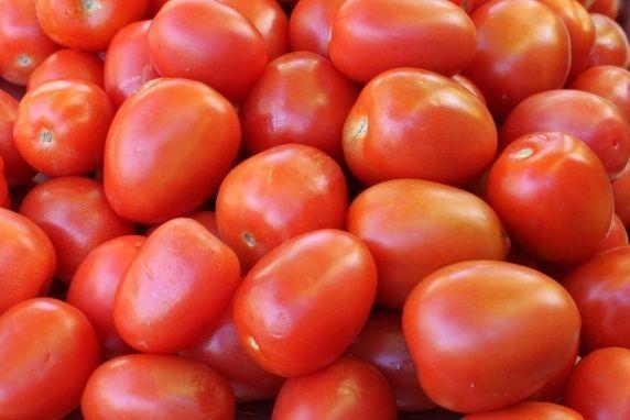 tomatoes w. peels